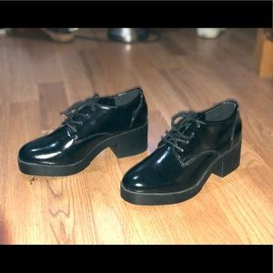 Black shoes from f21